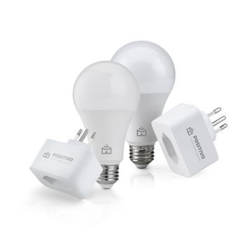 Kit Casa Eficiente, Positivo Casa Inteligente - 2x Smart Lâmpada Wi-Fi; 2x Smart Plug Wi-Fi 10A (Compatível com Alexa)